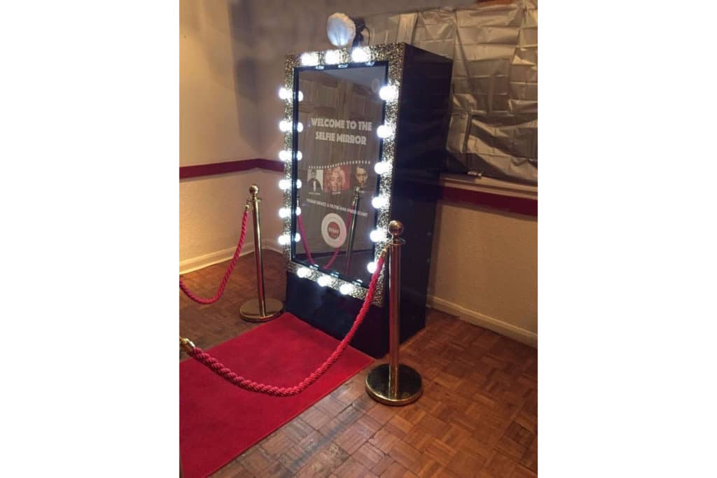 interactive mirror booth